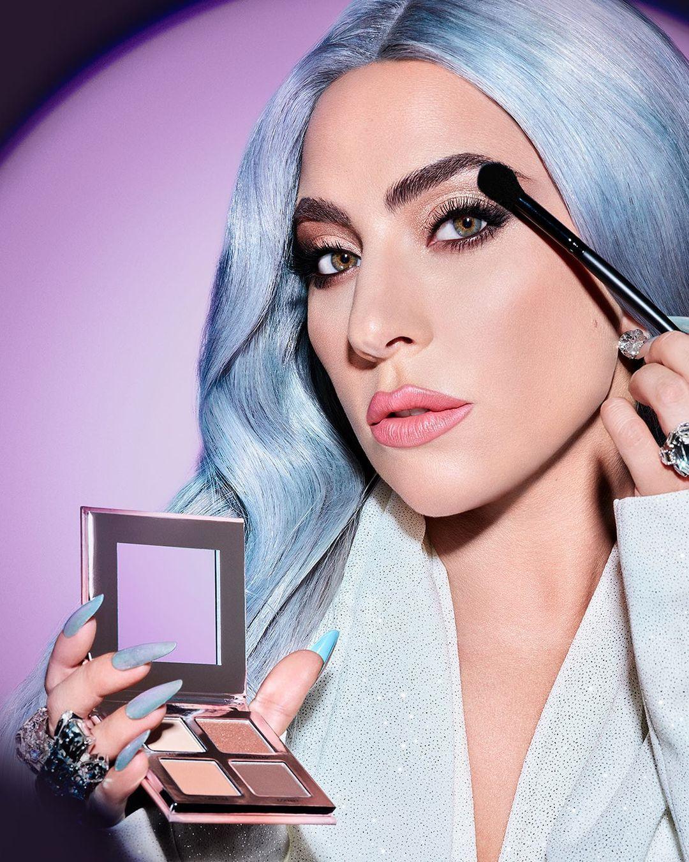 Леди Гага запускает линию уходовой косметики